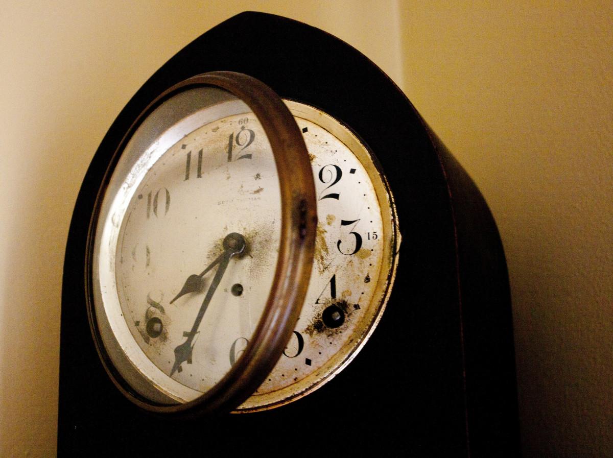 часы сломаны картинки джоли -американская фотомодель