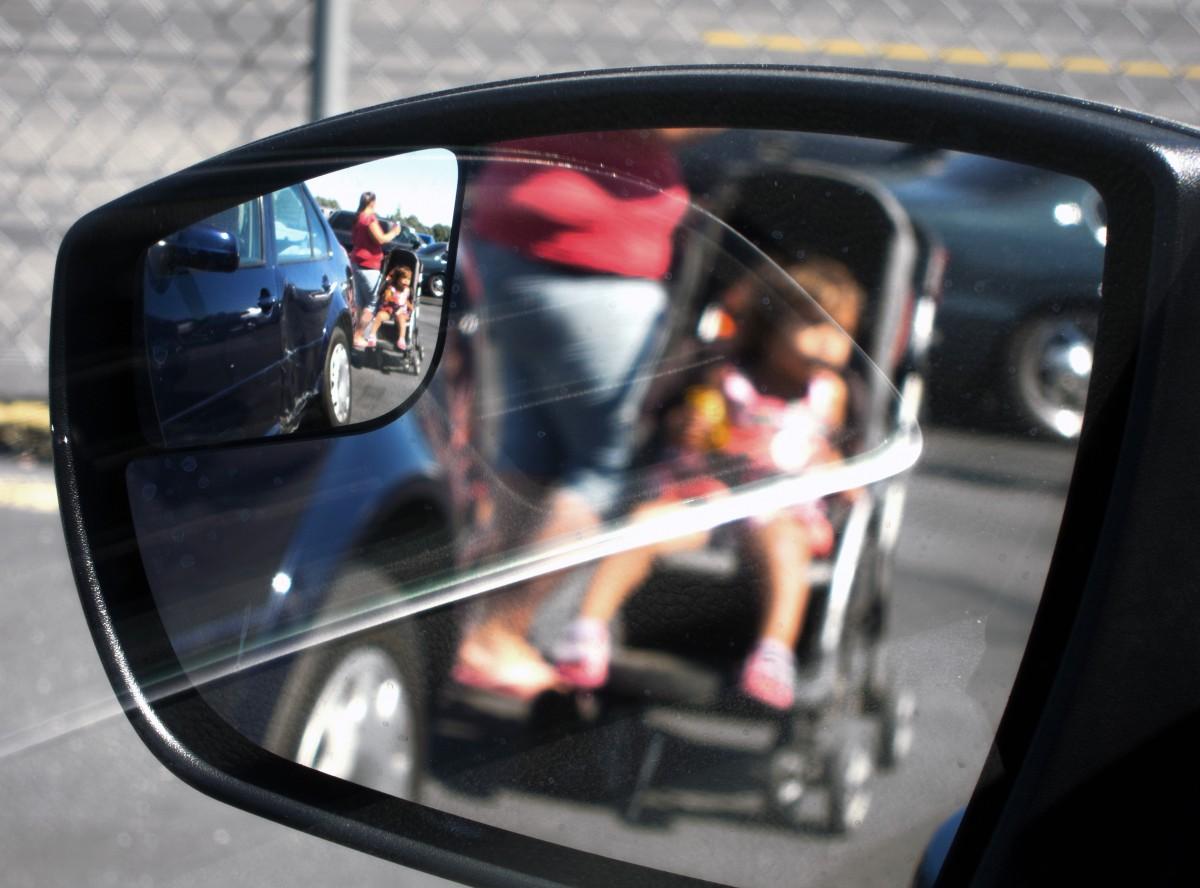 Images gratuites voiture roue fen tre verre au for Fenetre voiture