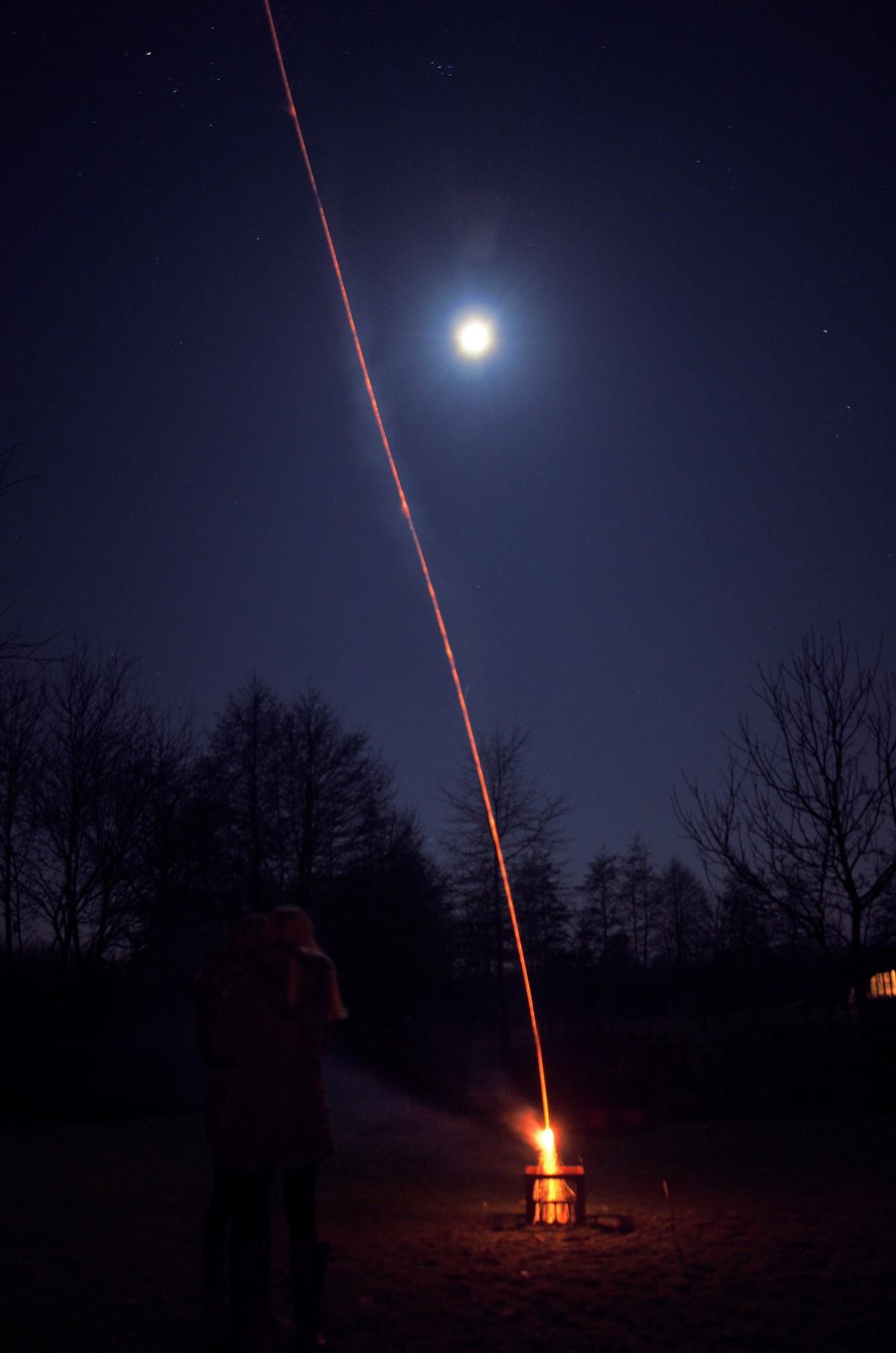 Kostenlose foto : Licht, Himmel, Nacht-, Abend, Feuer, Dunkelheit ...