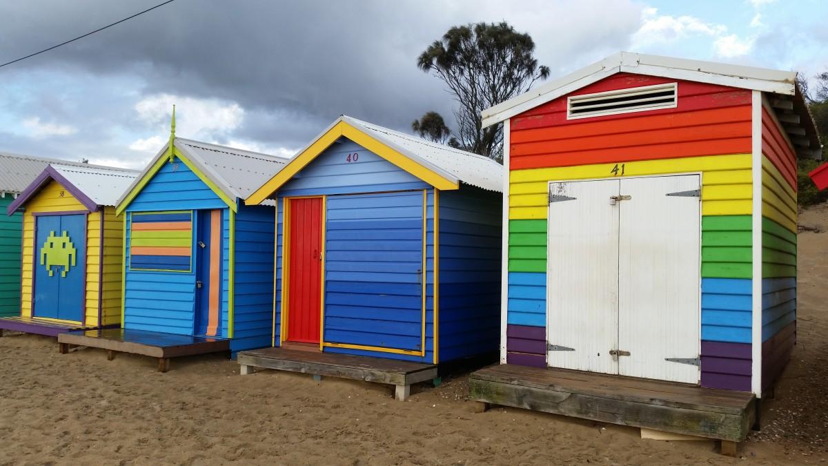 Free images building barn shed summer seaside shack for Cabine de plage pour jardin
