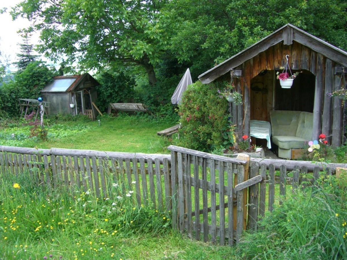 free images fence farm house home hut village. Black Bedroom Furniture Sets. Home Design Ideas