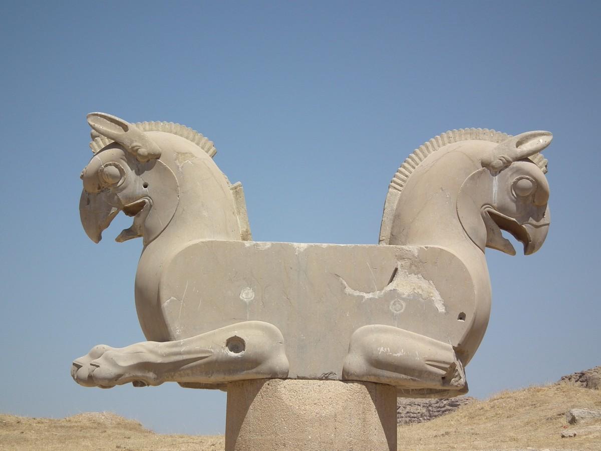 https://c.pxhere.com/photos/37/51/ancient_ruins_persepolis_shiraz_iran_city_of_the_persians_parseh_takht_e_jamshid_achaemenid_empire-1200933.jpg!d
