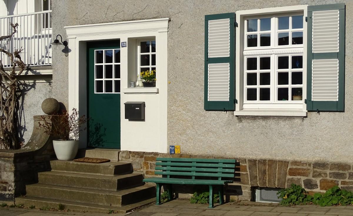 Free images house red property room interior design - Decoracion de porches ...