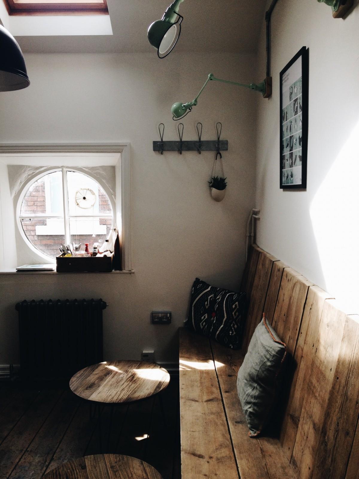 Contoh Desain Ruang Tamu Eksklusif Terbaru