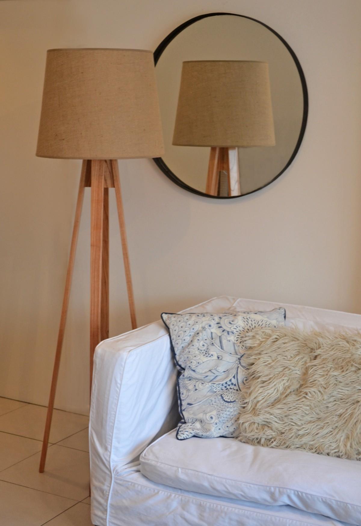 무료 이미지 : 표, 화이트, 의자, 바닥, 벽, 깨끗한, 선반, 램프 ...