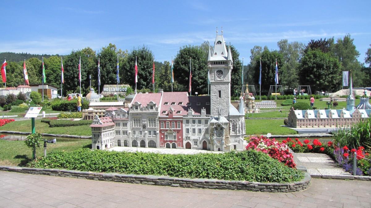 Fotos gratis c sped parque patio interior austria for Boulevard inmobiliaria ciudad jardin