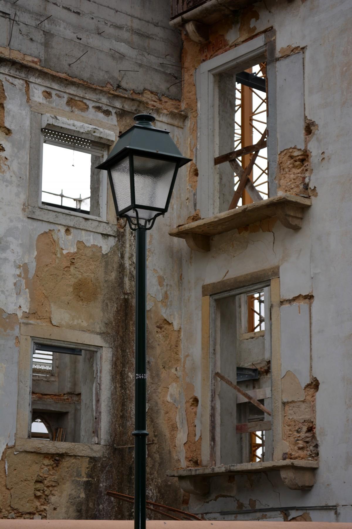 images gratuites lumi re architecture bois route rue maison fen tre b timent vieux. Black Bedroom Furniture Sets. Home Design Ideas