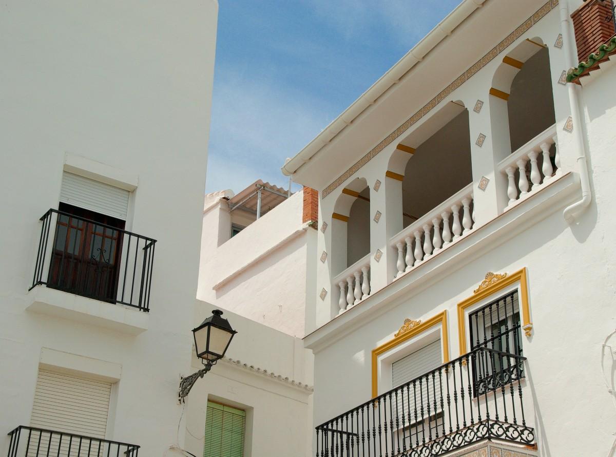 Fotos gratis arquitectura casa edificio balc n for Diseno de interiores espana