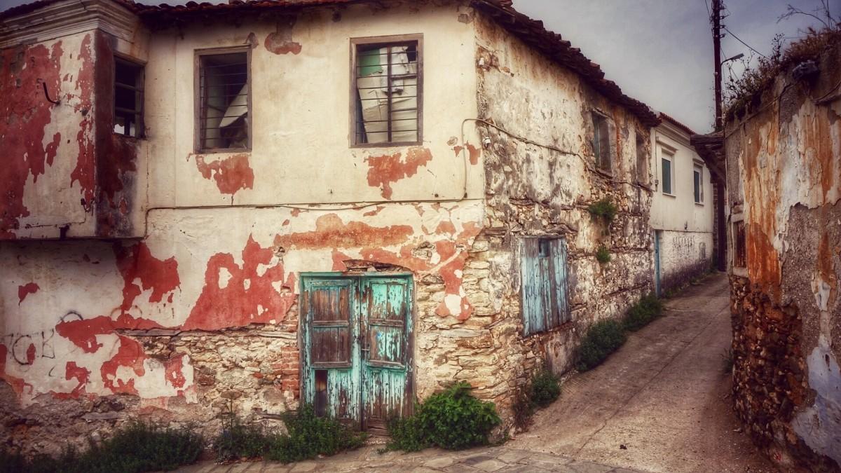 Fotos gratis calle grecia casa antigua pueblo viejo for Puertas blindadas antigua casa gutierrez