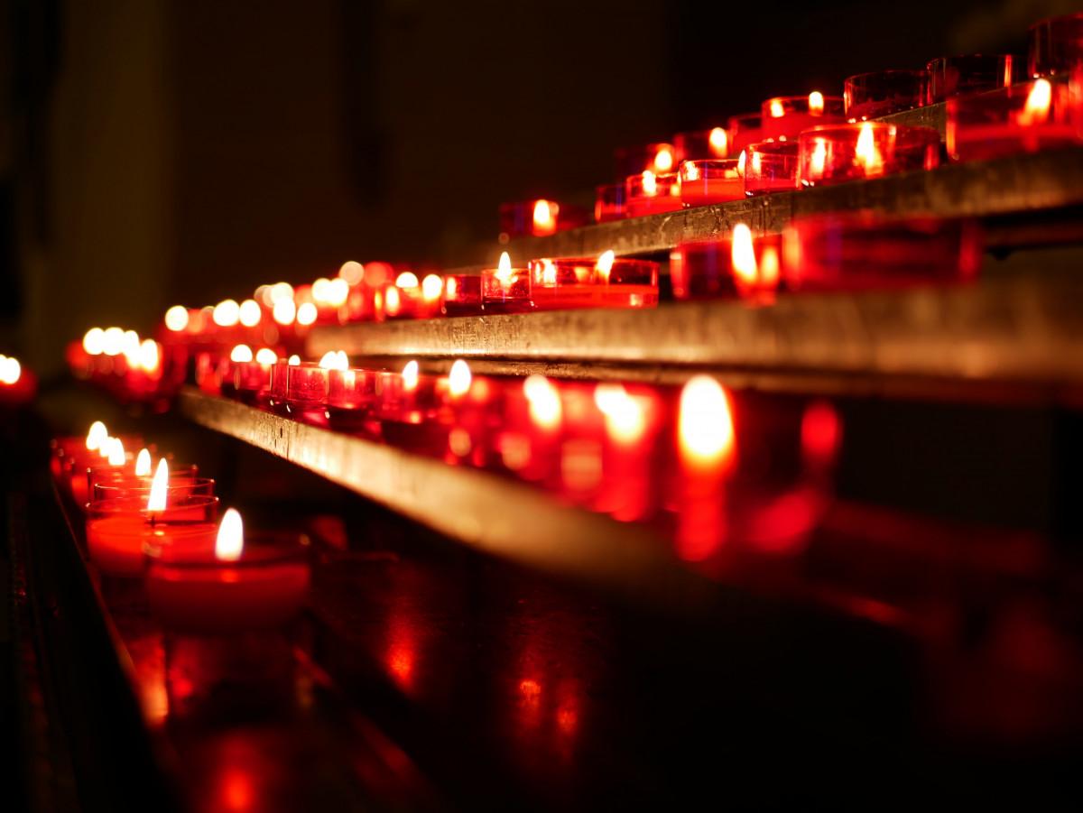 вам справиться картинки с красными свечами видно примеров