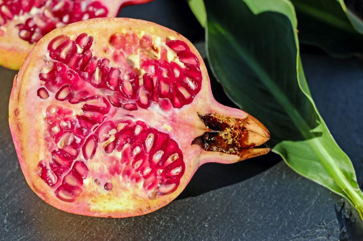 plant fruit flower food red produce flora pomegranate organ vitamins flowering plant pomegranate open land plant