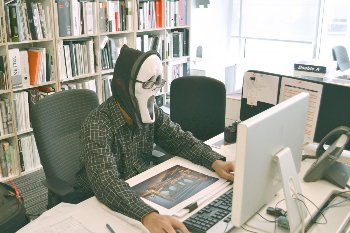 lavice počítač stůl klávesnice technika židle sedadlo kancelář obchodní nábytek pokoj, místnost sedět knihovna uvnitř maska knihovna design denní světlo Okna brýle police dospělý