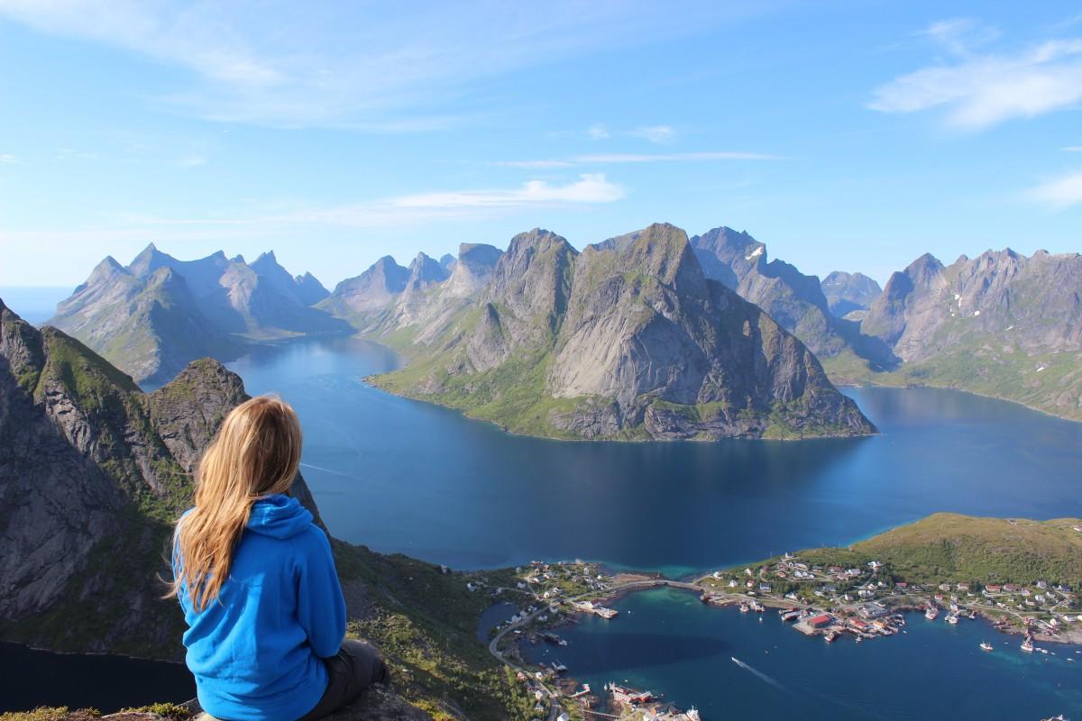 water, wilderness, walking, mountain, lake, adventure, view, mountain range, vacation, contemplate, fjord, tourism, national park, alps, plateau, fell, loch, crater lake, landform, mountainous landforms, glacial landform