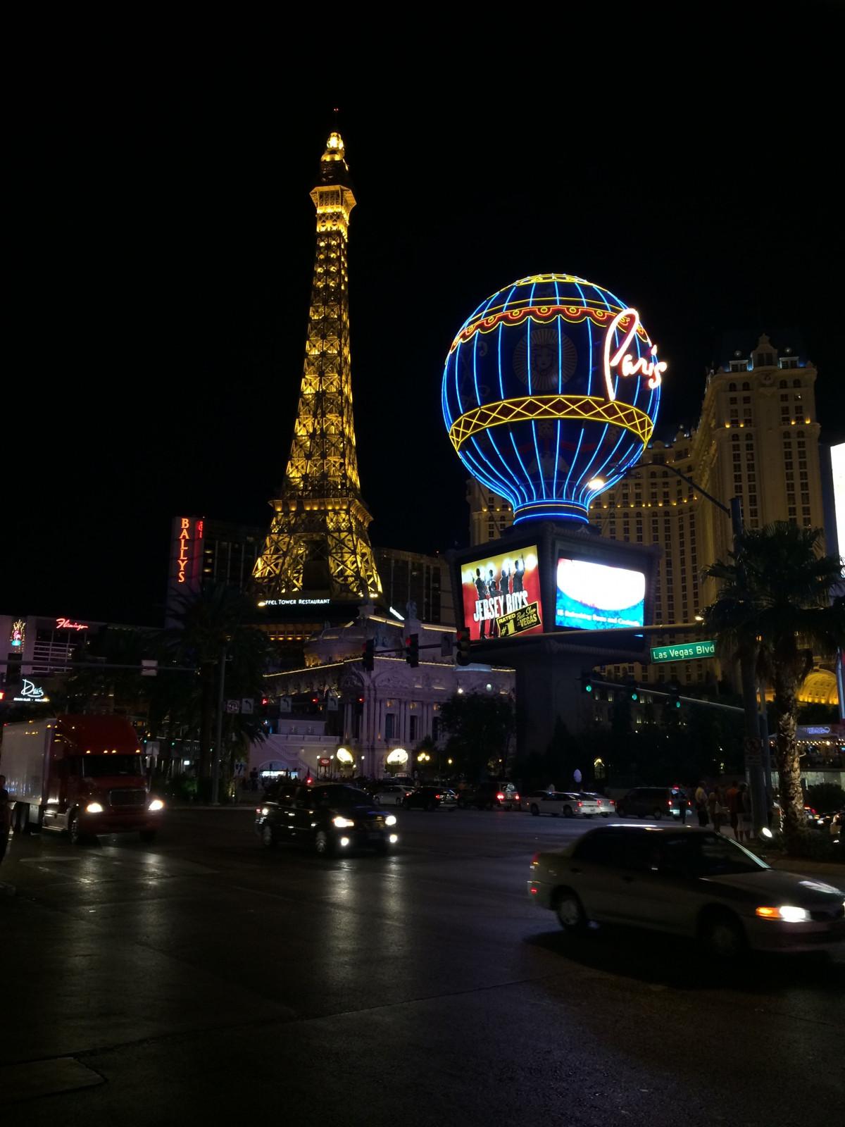 Las- Vegasstreifen-Nachtszene Redaktionelles Bild - Bild