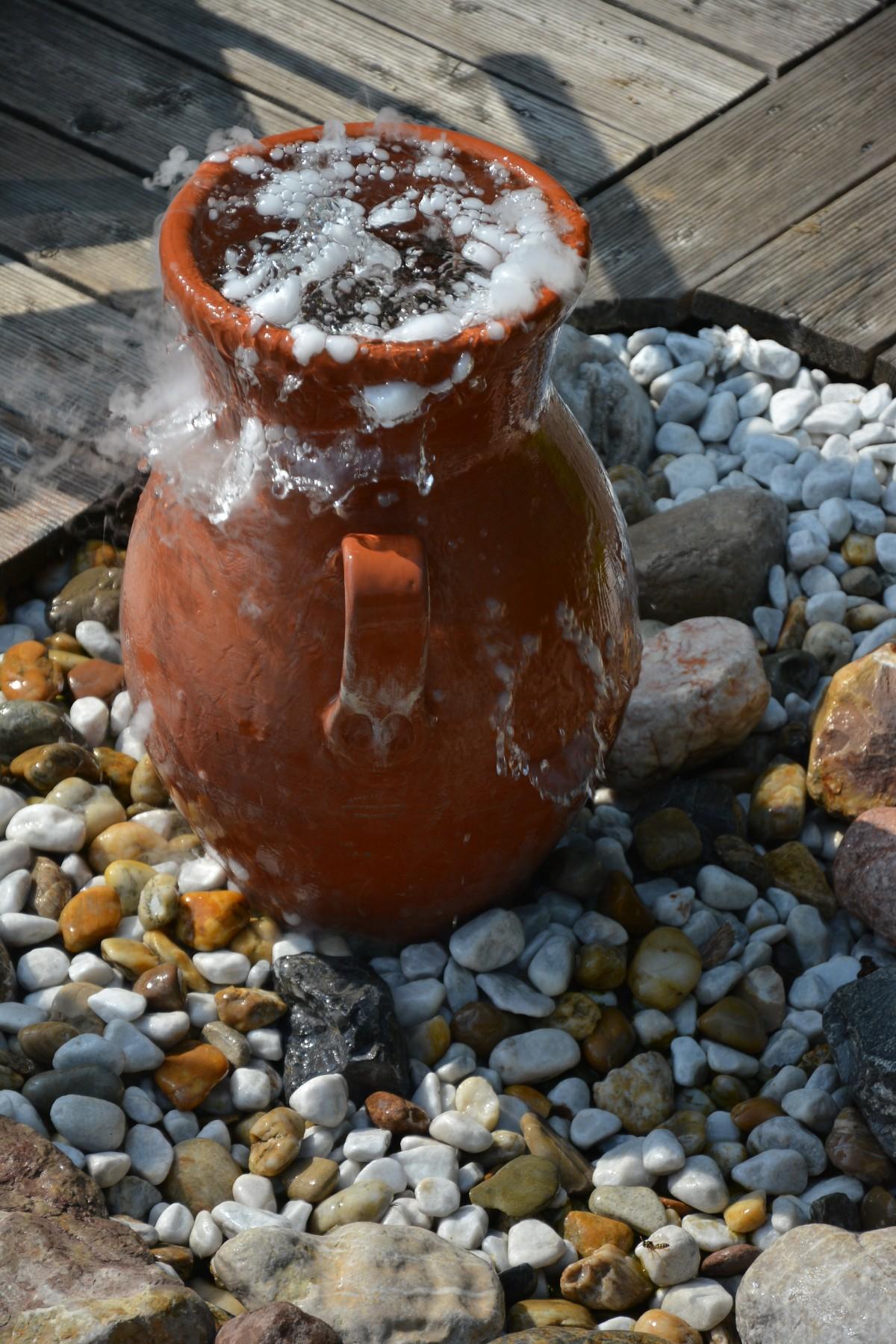 [Bild: amphora_krug_dry_ice-672076.jpg!d]