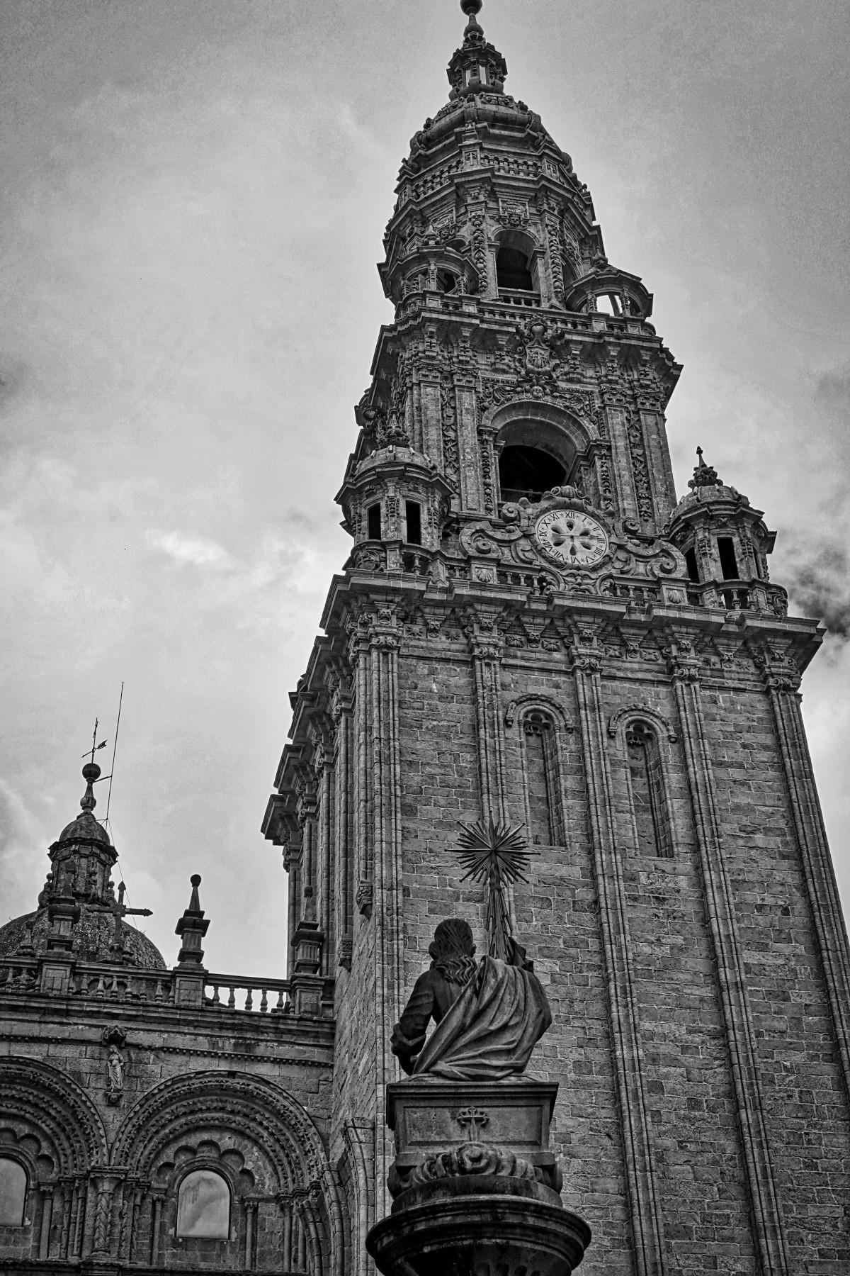 Fotos gratis mar arena zapato estatua pescado terreno escultura caminante cabo - Santiago de compostela arquitectura ...