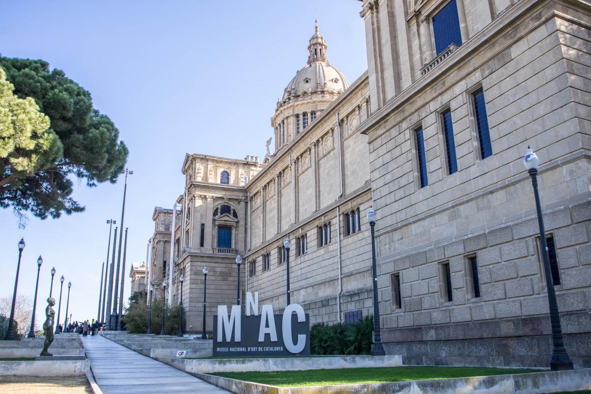 Images gratuites architecture ciel b timent palais for Piscine plein ciel valence