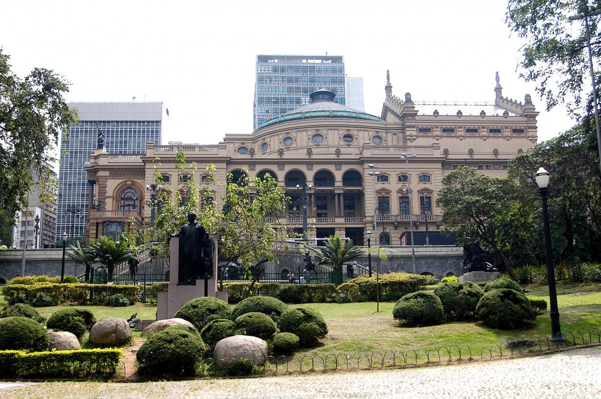 Fotos gratis arquitectura palacio centro de la ciudad for Barrio ciudad jardin