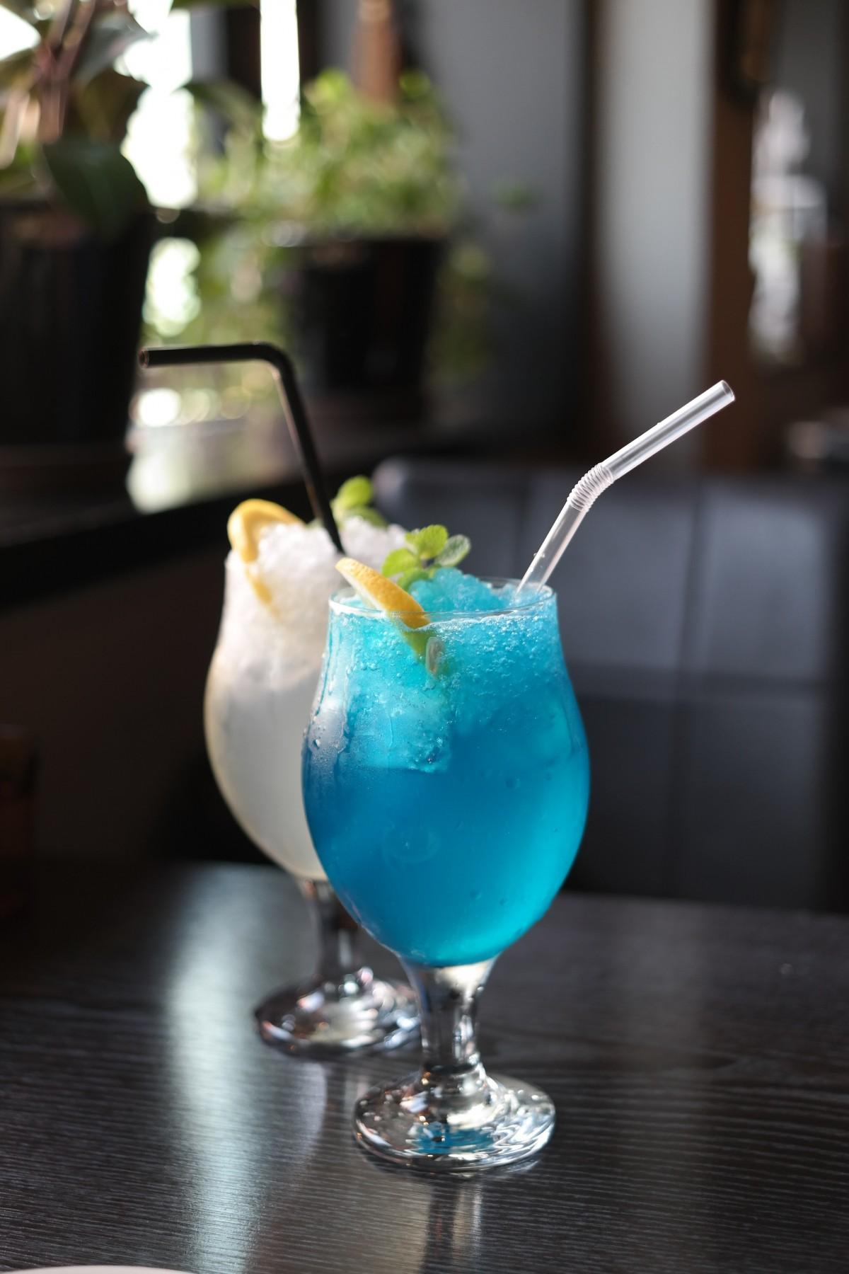 咖啡店, 柠檬汽水, 喝, 鸡尾酒, 酒精饮料, tapi胭脂, 柠檬汽水, 蓝色柠檬ade, 蓝色柠檬水, 蒸馏饮料, mai tai, 蓝色夏威夷, 图片素材 In PxHere