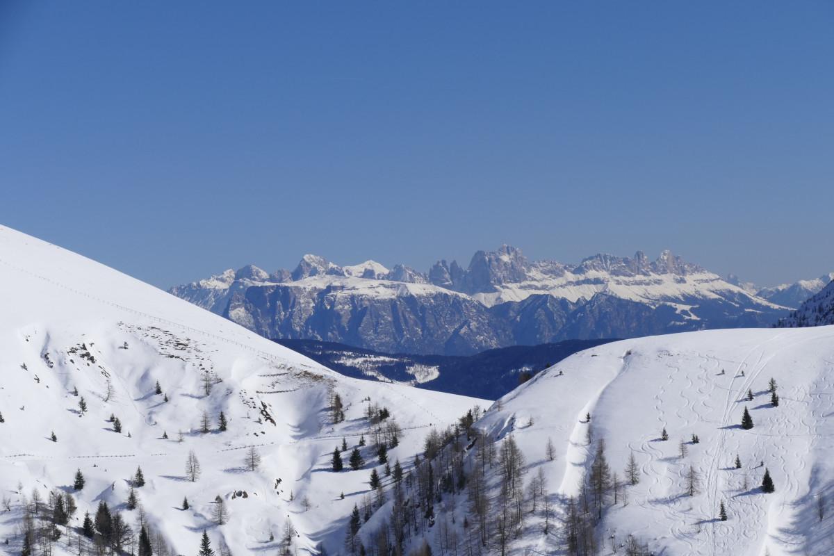 images gratuites montagne neige hiver vue cha ne de montagnes panorama m t o italie. Black Bedroom Furniture Sets. Home Design Ideas