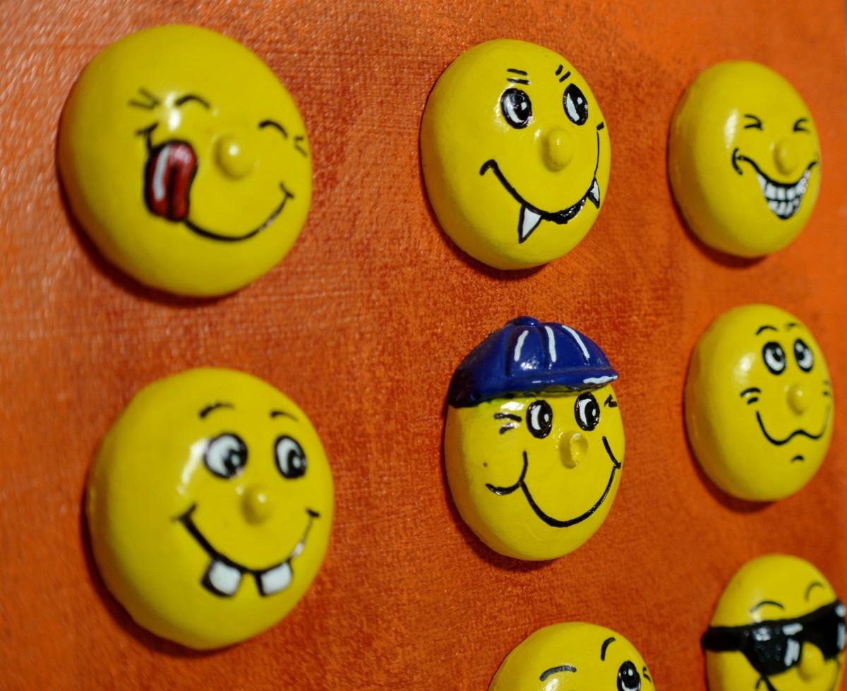 Gambar Kuning Tertawa Lucu Icon Tersenyum Emoticon Smilies