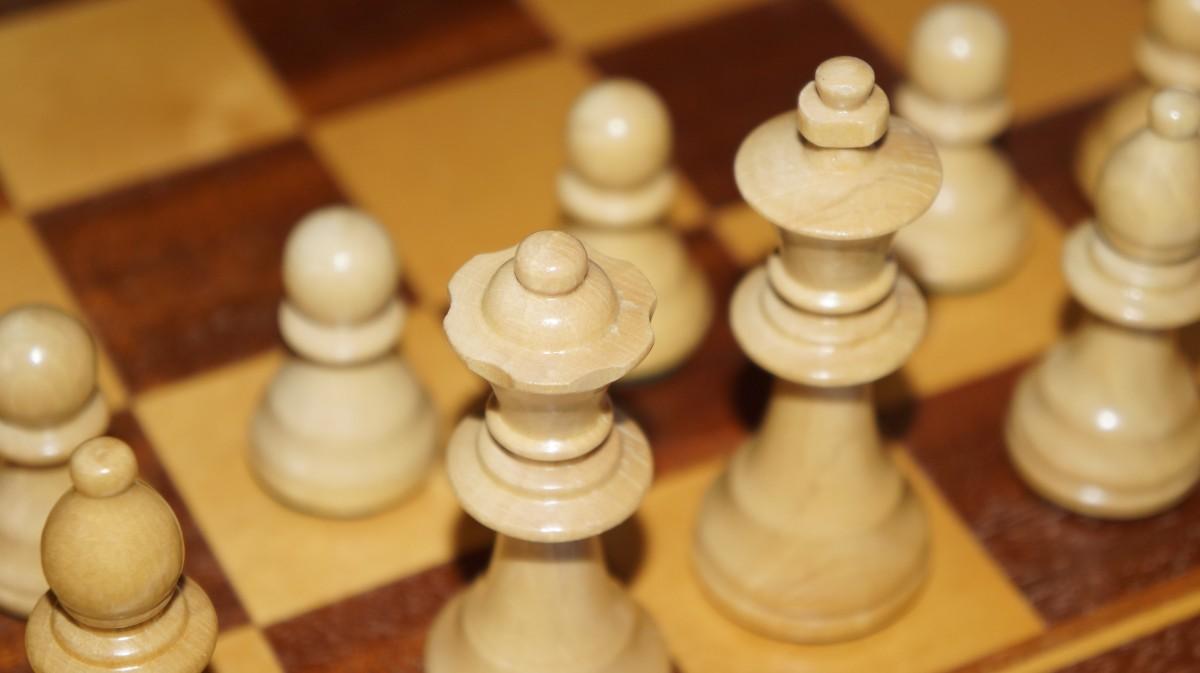 Gambar : bermain, rekreasi, papan permainan, strategi ...