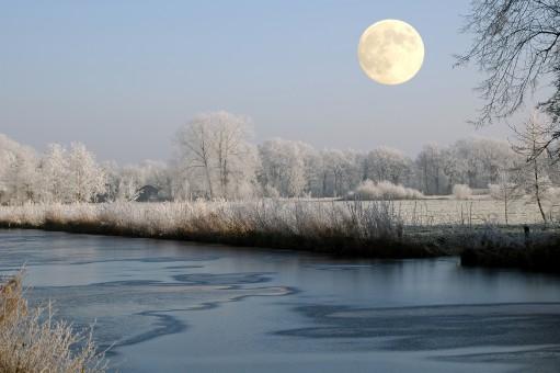 Не пропустите «холодное полнолуние»! Full_moon_moon_winter_channel_waters_sky_cold_moonlight-810095