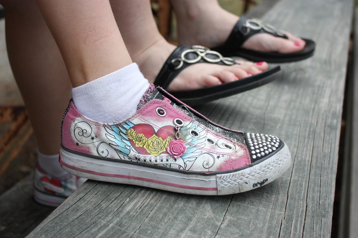 Free Images : grass, shoe, lawn, flower, feet, leg, pink, nail polish, toes, sandals, footwear ...