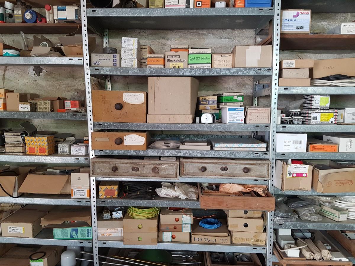 Fotos gratis trabajo madera antiguo taller reparar - Reparar muebles antiguos ...
