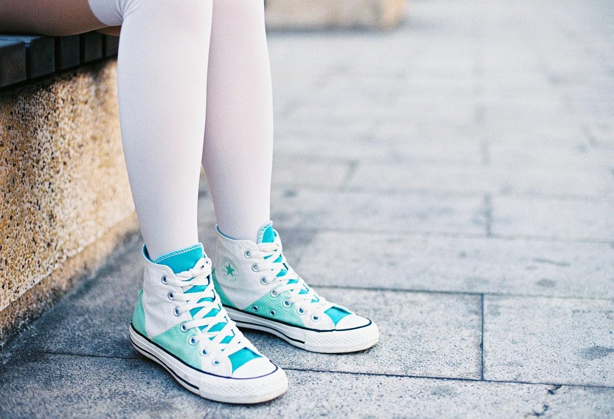 Highheeled shoes white socks and mini skirt lecherous mom excites you wwwlifecamgirlscom - 3 5