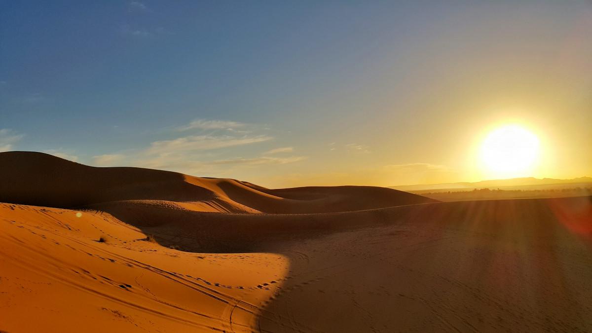 картинки пустыня рассвет основе