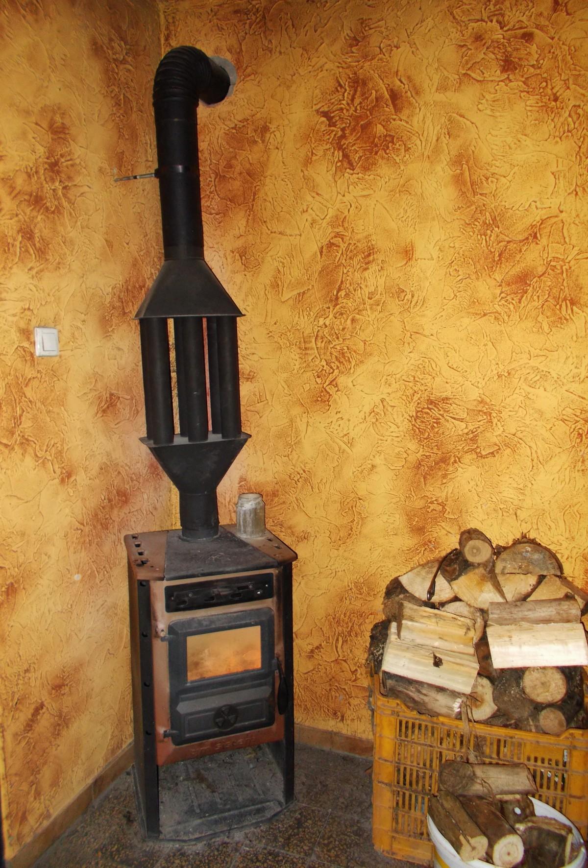Fotos gratis madera chimenea negro mueble habitaci n - Hogar chimenea lena ...