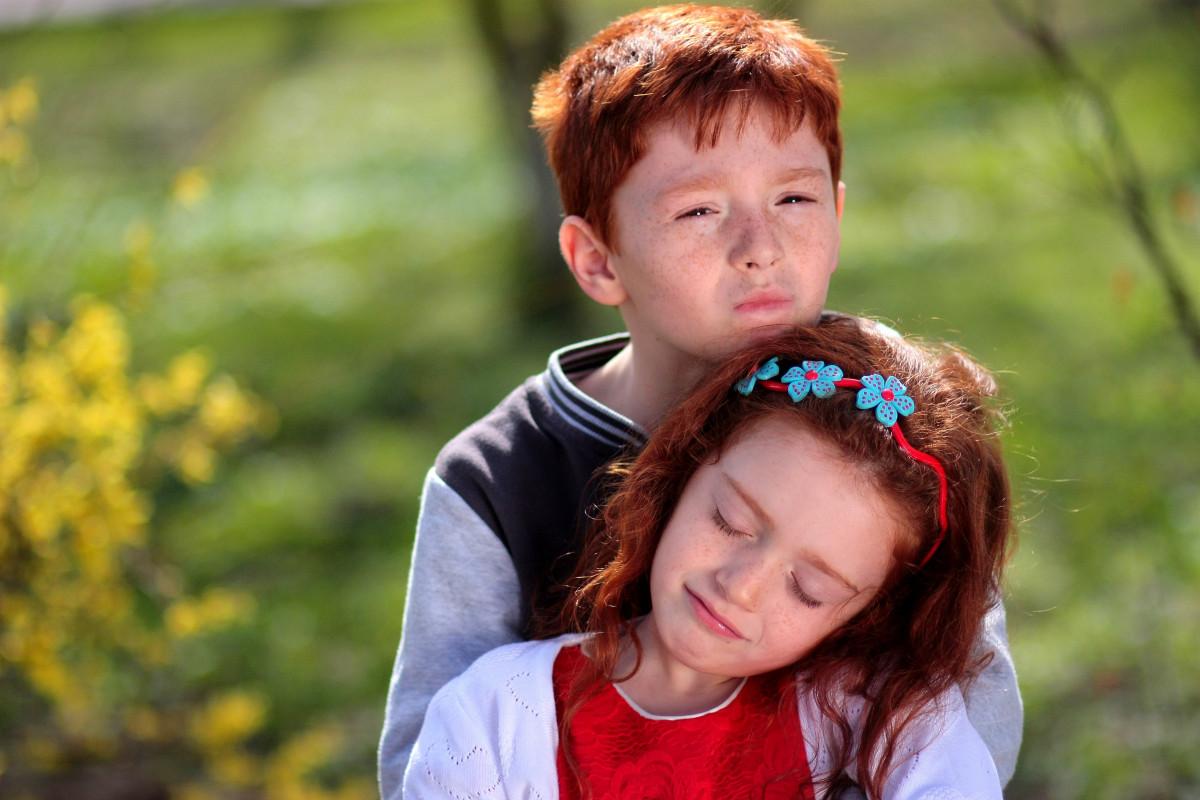 Сестрёнка и любовь видео