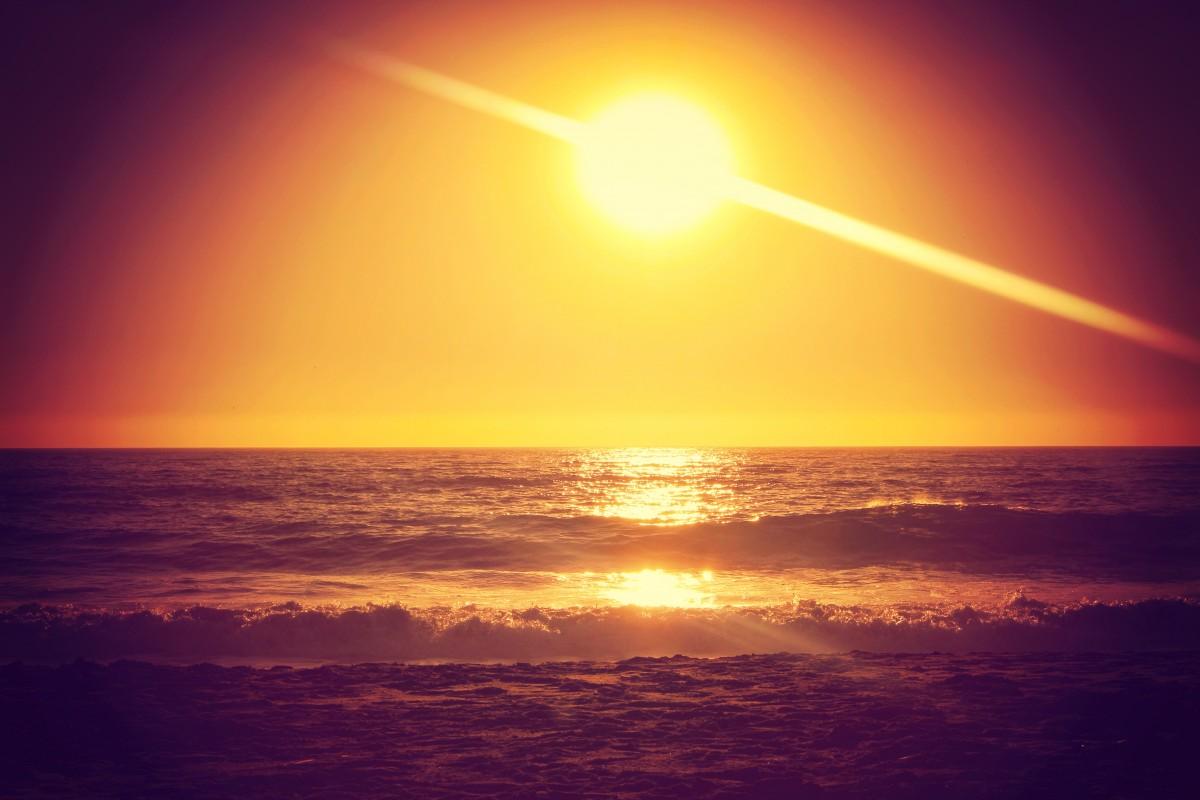одинокая аниме открытки восход солнца она