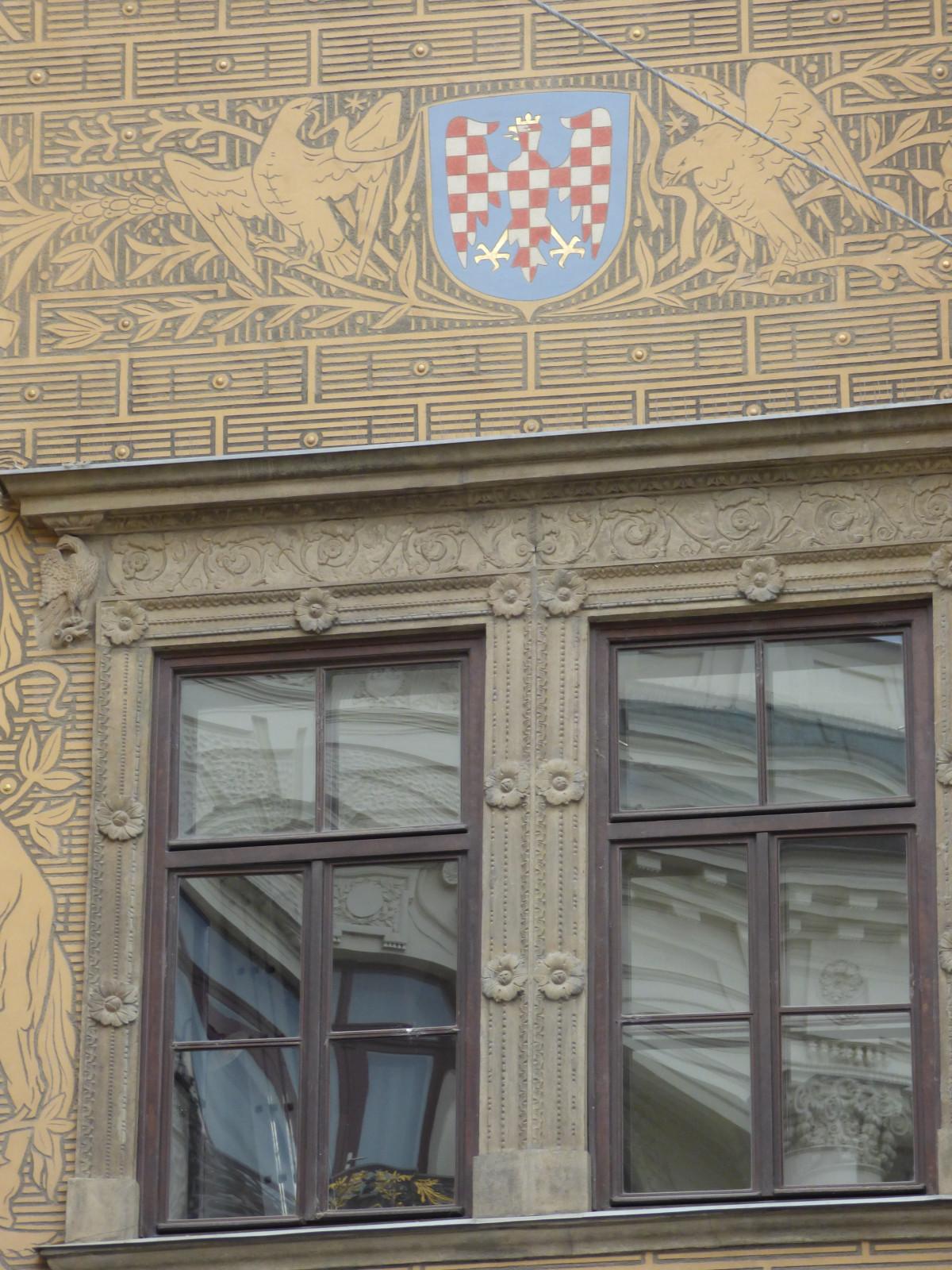Fotos gratis arquitectura calle antiguo edificio ciudad monumento punto de referencia - Persianas palacio ...
