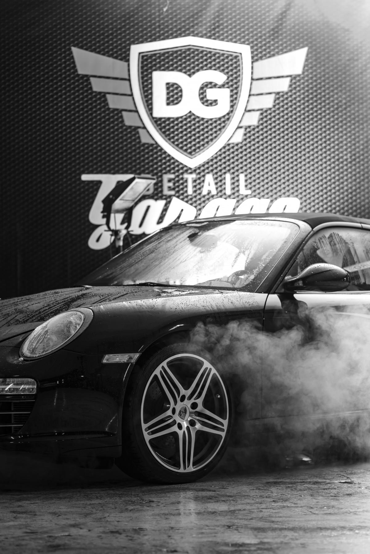Images gratuites noir et blanc roue au volant for Garage marque autos richemont