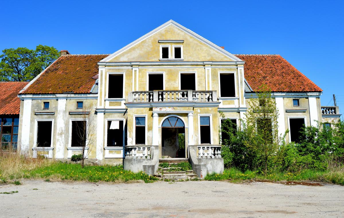 images gratuites architecture villa manoir maison village banlieue chalet fa ade. Black Bedroom Furniture Sets. Home Design Ideas