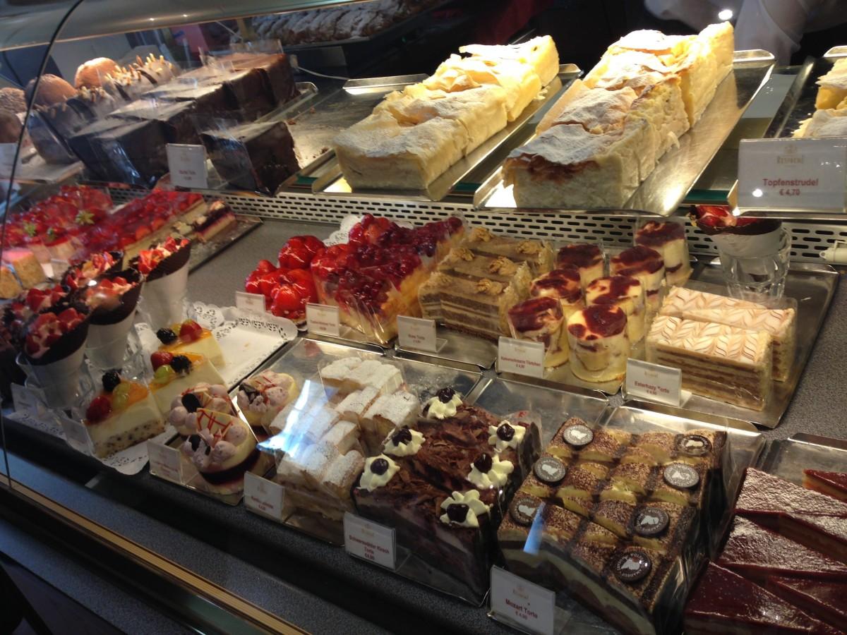 Bakgrundsbilder : måltid, mat, choklad, glass, dessert, kaka, bageri,  buffé, wien, godis, delikatesser, charkuterivaror, konditori, kakor, känsla  3264x2448 - - 997140 - Fina bilder - PxHere