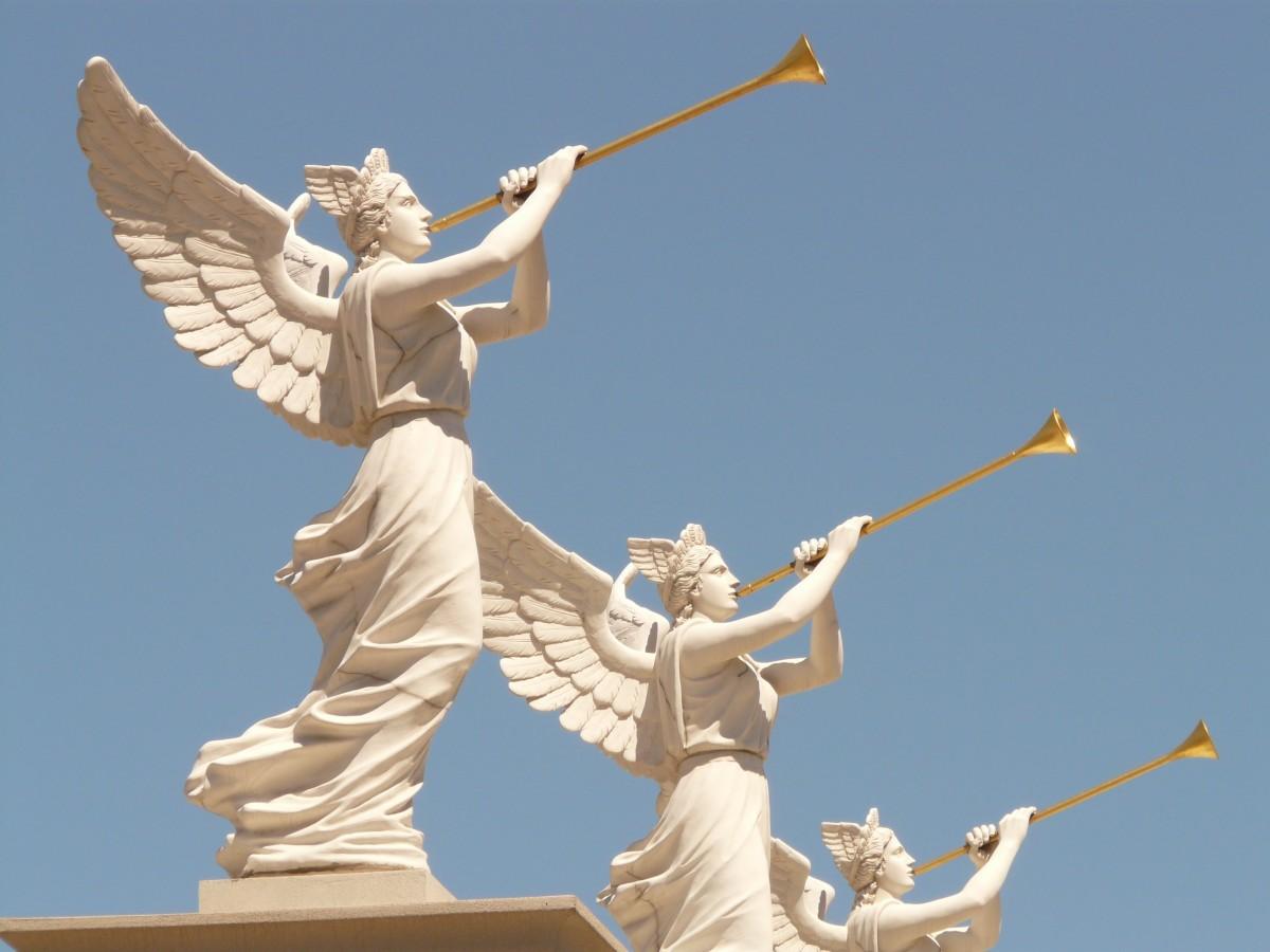 картинки трубящий ангел услугам электрокамин, который