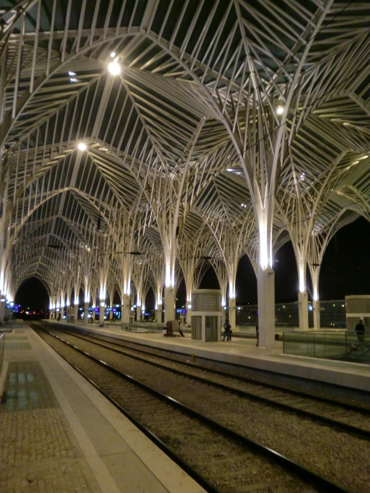 Free Images : light, architecture, night, lighting, public ...