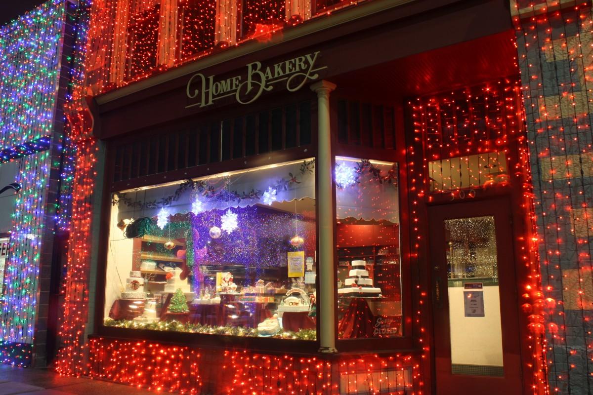 winter, restaurant, bar, shop, signage, christmas, bakery, interior design, christmas decoration, lights, display window