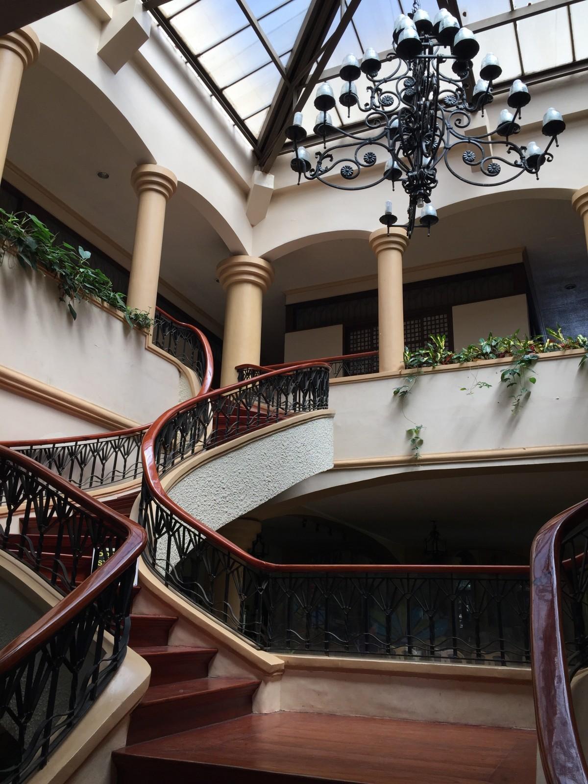 Images gratuites architecture structure bois escalier for Design interieur universite