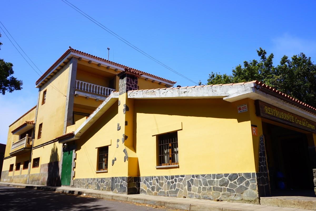 Fotos gratis arquitectura blanco casa pueblo fachada propiedad espa a inmuebles gran - Bienes raices espana ...