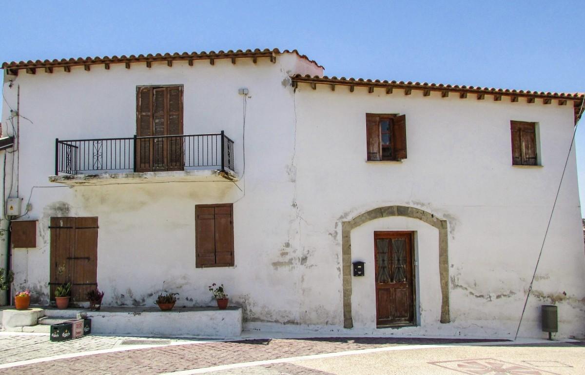 Fotos gratis arquitectura villa palacio edificio - Casa pueblo fotos ...