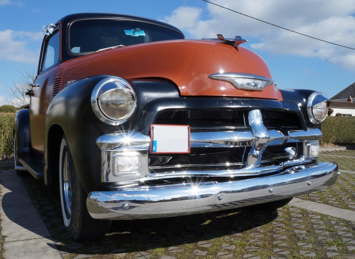 Free images vintage retro old motor vehicle restored for Automotive exterior design jobs