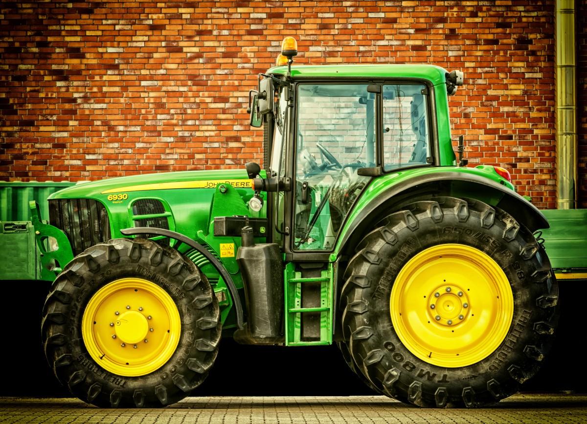 Images gratuites tracteur machine agriculture puissance tracteurs obliger prime - Image tracteur ...