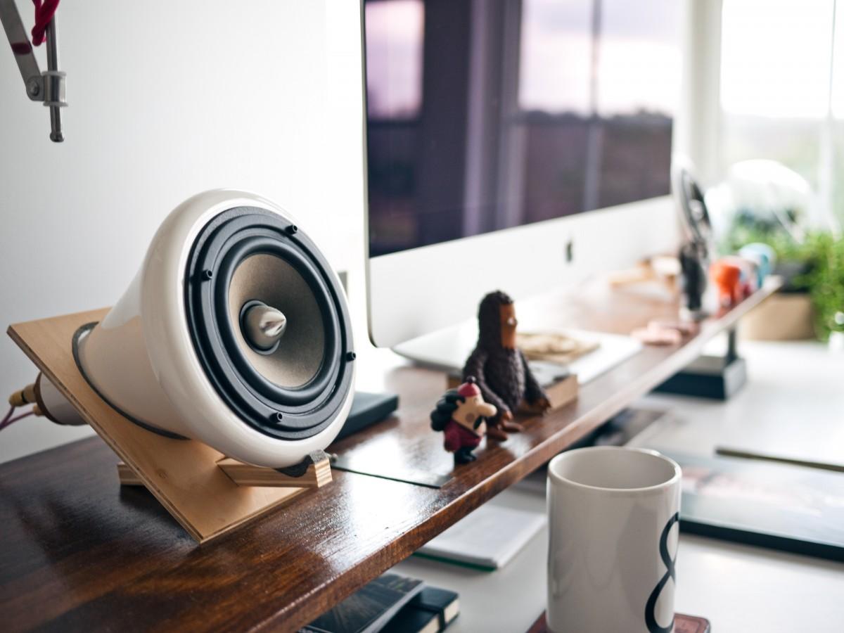 Arbeitsplatz büro schreibtisch  Kostenlose foto : Schreibtisch, Apfel, Tabelle, Arbeitsplatz, Büro ...