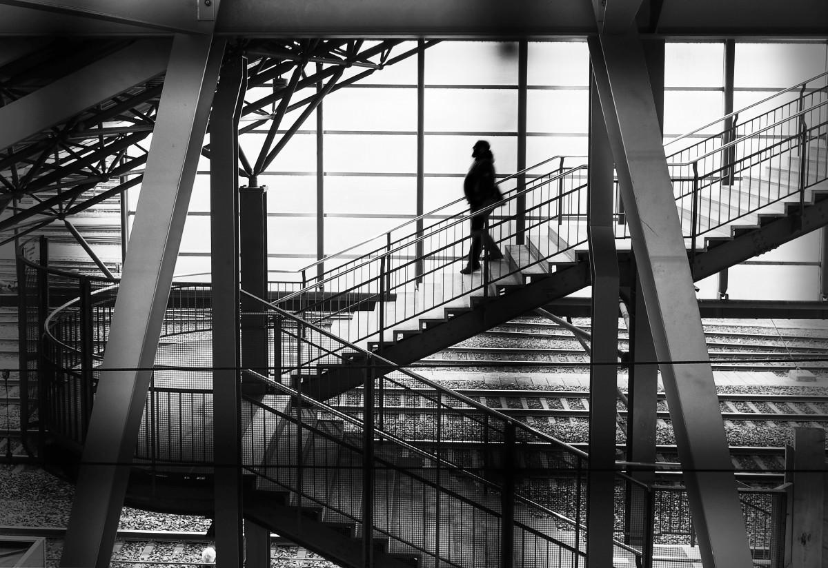 Fotoğraf : ışık, siyah ve beyaz, mimari, insanlar, sokak, pe