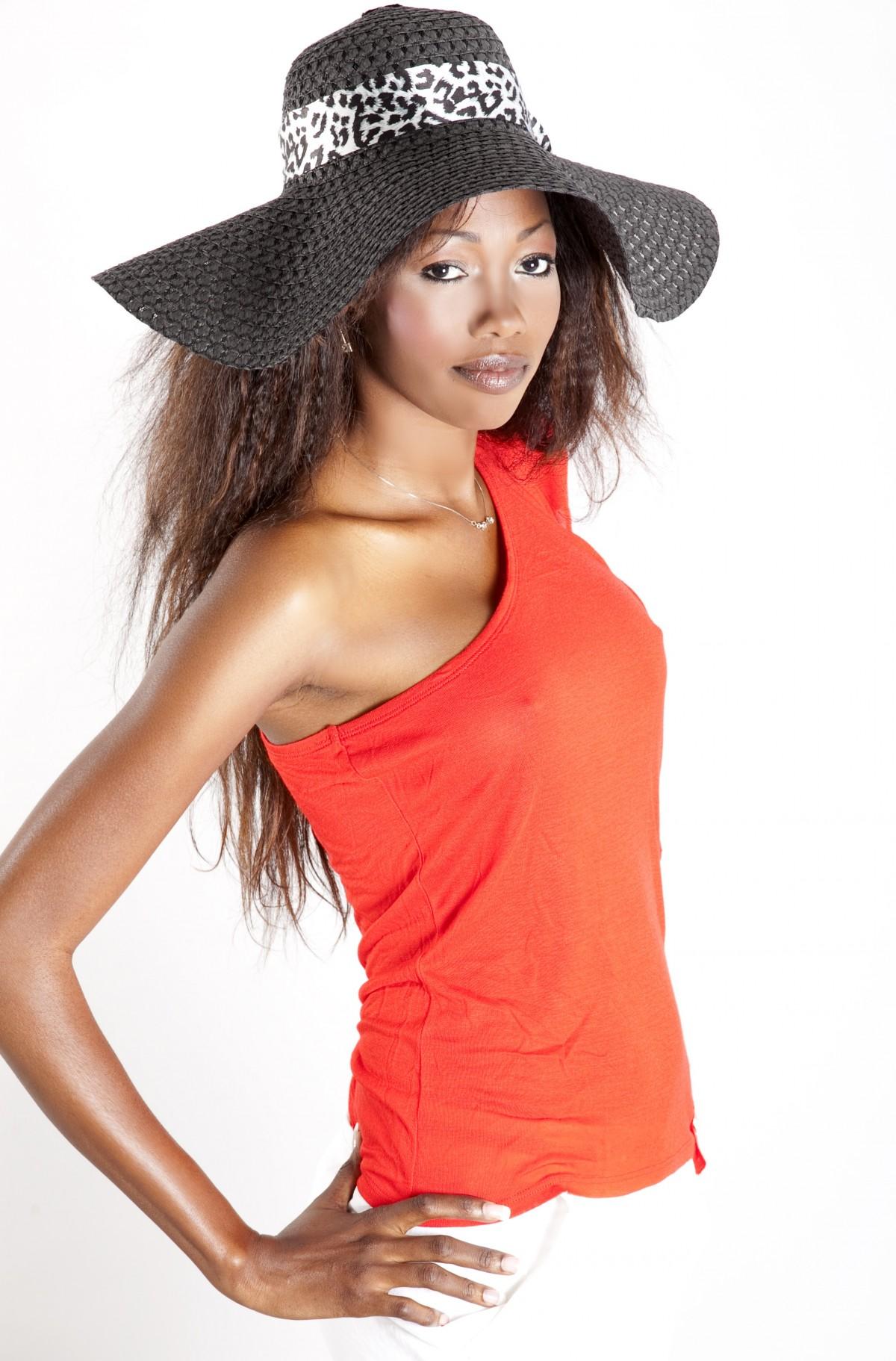 gadis wanita rambut potret topi pakaian
