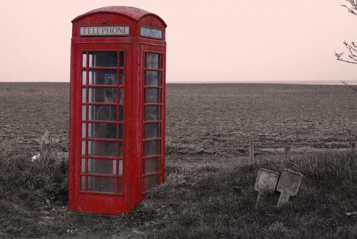 картинка человек и телефонная будка фото тут